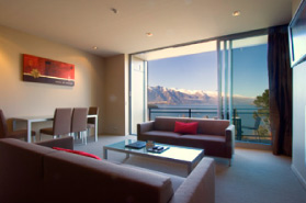 Scenic View Dining Lounge One Two Bedroom Highview Apartments - Queenstown Luxury Accommodation