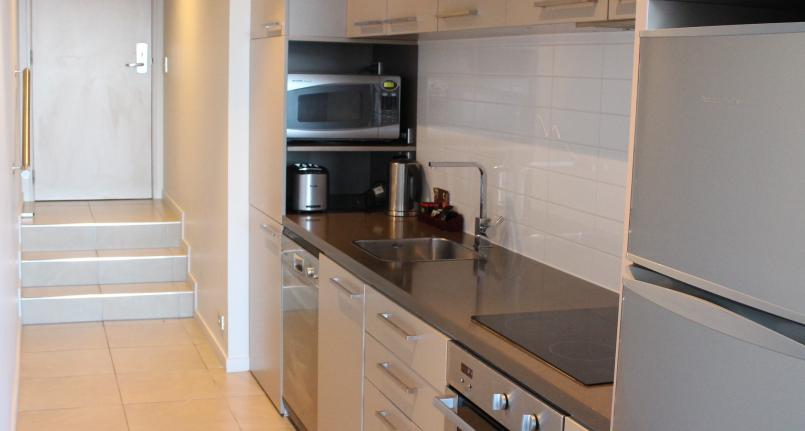 Kitchen Fully Furnished Highview Apartments - Queenstown Luxury Apartments